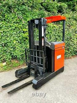 BT Reach Truck/Forklift- Electric -Narrow Aisle -Hyster, Linde