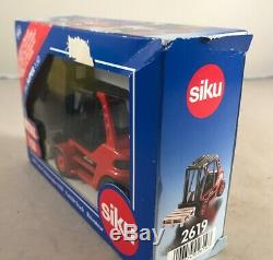 Diecast SIKU 2619 Linde Forklift Truck, 150 Scale boxed