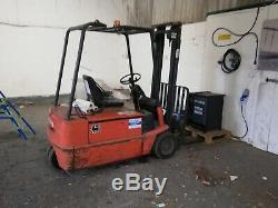 Electric Fork Lift Truck. Linde E16S. Rated 1600 kilos 3250 height