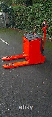 Forklift linde T20 power pallet truck