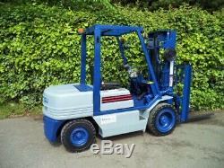 Komatsu Diesel Counterbalance Forklift Truck/Triple Mast Container Spec. Linde