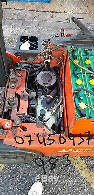 LINDE 1600 KG Electric Forklift Truck