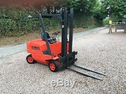 LINDE HD15 forklift truck 1.5 ton lift gas lpg LOW MAST 2.1 M container DIESEL