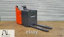 LINDE T20 SP 2000kg ELECTRIC PALLET TRUCK FORKLIFT £1150+VAT