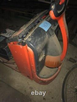 Lansing Linde T18 electric pallet forklift truck
