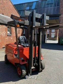 Linde 1.5Ton Diesel Fork Lift Truck. Fully serviced, 4 good Tyres