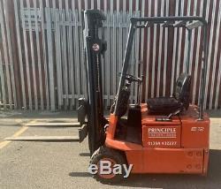 Linde E12 Electric Forklift Truck 1200Kg Capacity
