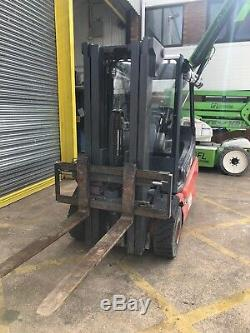 Linde E25 Electric Forklift Truck Container Mast