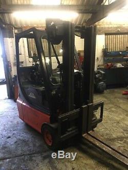 Linde Electric 3 Wheel Forklift Truck