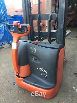 Linde Electric Forklift L12 Stacker Truck