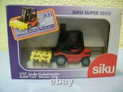 Linde Fork Lift Truck & Pallets By SIKU No 1717 Boxed & Unused Top Quality Item