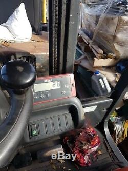 Linde H18T counterbalance forklift truck