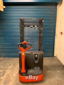 Linde L10 Electric Pallet Stacker Forklift Pedestrian Fork Lift Truck Low Hours