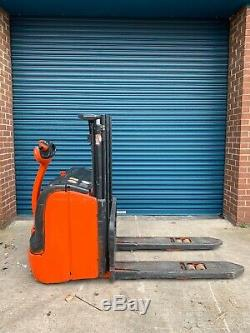 Linde L16 Electric Pallet Stacker Forklift Truck Compact Fork Lift Pedestrian