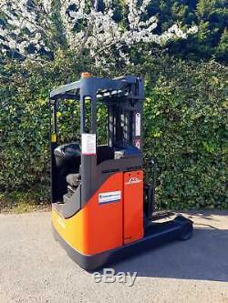 Linde R16 Reach Truck/ Narrow Aisle Forklift/ 5100 mm Lift Height