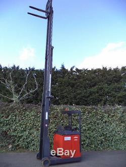 Linde R16N Narrow forklift reach truck