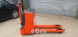 Linde T16 Power Pallet Truck Recon In Very Good Condition