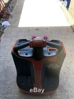 Linde T20 electric power Pallet Truck/ Forklift 2015 Only 120 Hours