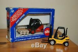 Siku 1722 Linde Forklift Truck 150 Scale Die-Cast Boxed 2002