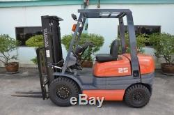 TOYOTA FDF25 Fork Lift Truck Toyota Hyster Linde Yale DW0433