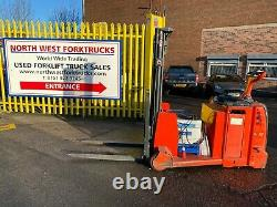 Used Electric Masted Pallet truck Linde L12AC Counterbalance Stacker Forklift