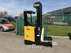 Yale Reach truck forklift truck lift truck linde Toyota warehouse bendi