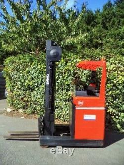 Bt Chariot À Mât Rétractable / Forklift- Électrique -bande Aisle -hyster, Linde