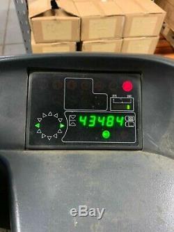 Chariot Élévateur À Fourches Électrique Linde R14 4300, Heures De Fonctionnement Peu Élevées, Bon Ordre
