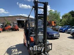 Chariot Élévateur À Gaz Linde H25t