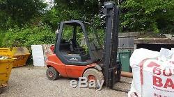 Chariot Élévateur À Gaz Linde H30t 351 2003, Capacité De Levage De 3000 KG Dans Un Très Bon