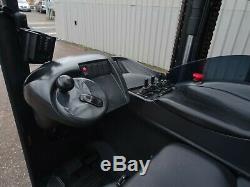 Chariot Élévateur À Portée Électrique Linde R20. (# 2306)
