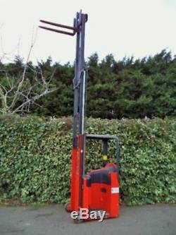 Chariot Élévateur Électrique Linde E10 Seulement 210 Heures! / Pas De Diesel Yale Atlet Hyster