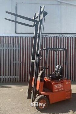 Chariot Élévateur Électrique Linde E12 Capacité 1200kg