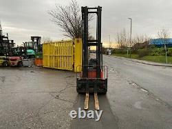 Chariot Élévateur Électrique Usé Linde E15 Hauteur De Levage De 5,2 M 1500kg