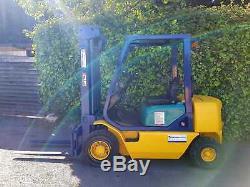 Diesel 2.5 Tonnes Chariot Élévateur Frontal / Comme Caterpillar, Mitsubishi, Linde