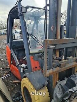 Lansing Linde H35 Moteur Gone Forklift Reach Truck Cassé Pour Les Pièces Seulement