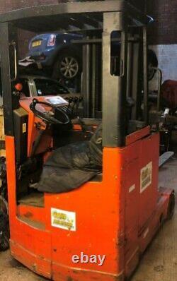 Lansing Linde R20 Pn Electric Forklift Reach Truck Rupture Pour Les Pièces Seulement
