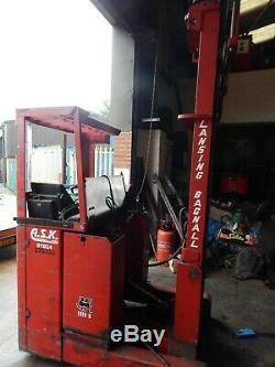 Linde 1,5 Tonne Électrique À Mât Rétractable Camion Avec 4800mm Hauteur De Levage