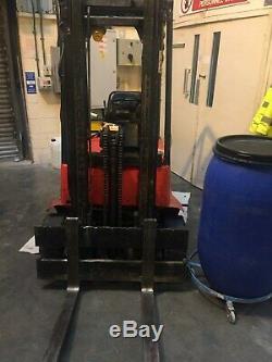 Linde E15 Fourche Électrique Contre-poids Chariot Élévateur