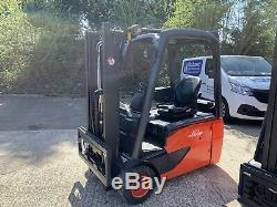 Linde E18 Chariot Électrique / Toyota / Nissan / Caterpillar Plus De 30 Camions Électriques