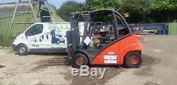 Linde H25t 392 Gas F / L Truck 2500kg Mât De Levage Triple De 4,7 Mètres Au Travail Vgc Ready