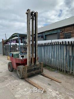 Linde H30. Chariot Élévateur Diesel 3 Tonnes Dumper Digger Digger Deutz Engine