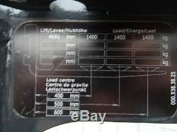 Linde R14s Utilisé Électrique Chariot Élévateur Reach. (# 2572)