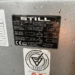 Still Rc40-25 Camion D'ascenseur De Fourche Diesel 2,5 Tonnes 2013 Triple Mât Nissan Linde